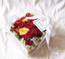 'FLEURGLASS' by Petalé Flowers