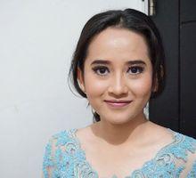 Make Up Graduation by Sucidinda MUA