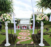 The Wedding of Dian & Ramond by WakaGangga Resorts