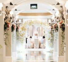 Gold Wedding at Gran Mahakam Hotel Jakarta by Hotel Gran Mahakam