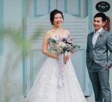 Glamorous Wedding at Gothic style Chijmes Church, Singapore by A Little Dream