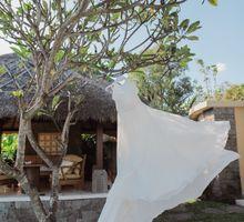 The Wedding of  Amy & Rob by WakaGangga Resorts