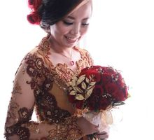 Red theme wedding by Magda Salon & Wedding Package