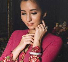 Peranakan Inspired Styled Shoot of Akira & Alene by Amperian