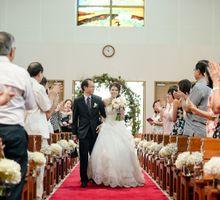 A Blush Garden Church Wedding by AROF (A ROOMFUL OF FLOWERS)