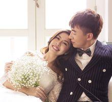 Studio Pre-Wedding Shoot by Memoire & Co
