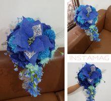 Handbouquet And Pretty Stuff For Devi by nanami florist