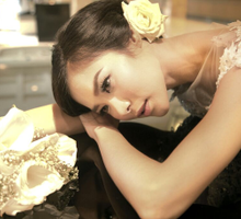 Photosession of EXQUISE Gown by Tiffany Roselin Makeup Artist