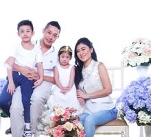 Family Shoot  by Celeste