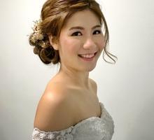 Classic &  elegant pre wedding photo shoot by Ling's Palette