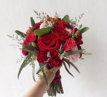 Red Theme Wedding by Tiffany's Flower Room