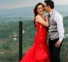 prewedding outdoor by Royal Tulip Gunung Geulis Resort & Golf
