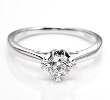 DIAMOND RING DHTXDFJ005 by TIARIA