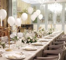 White and Gold for Timotthy and Jennifer pre-wedding dinner by La Pétite Fleur