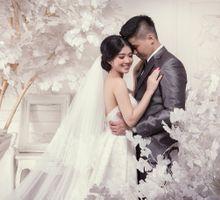 Markus & Lovi Prewedding by Camio Pictures