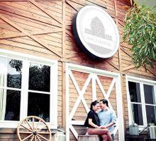 Barn Concept Prewedding by Momentochronos