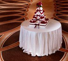 Model Wedding Cake by The Fullerton Hotel