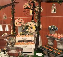 An English Countryside Wedding by Manna Pot Catering