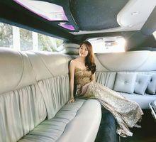Limousine shoot by Le Seine Bridal