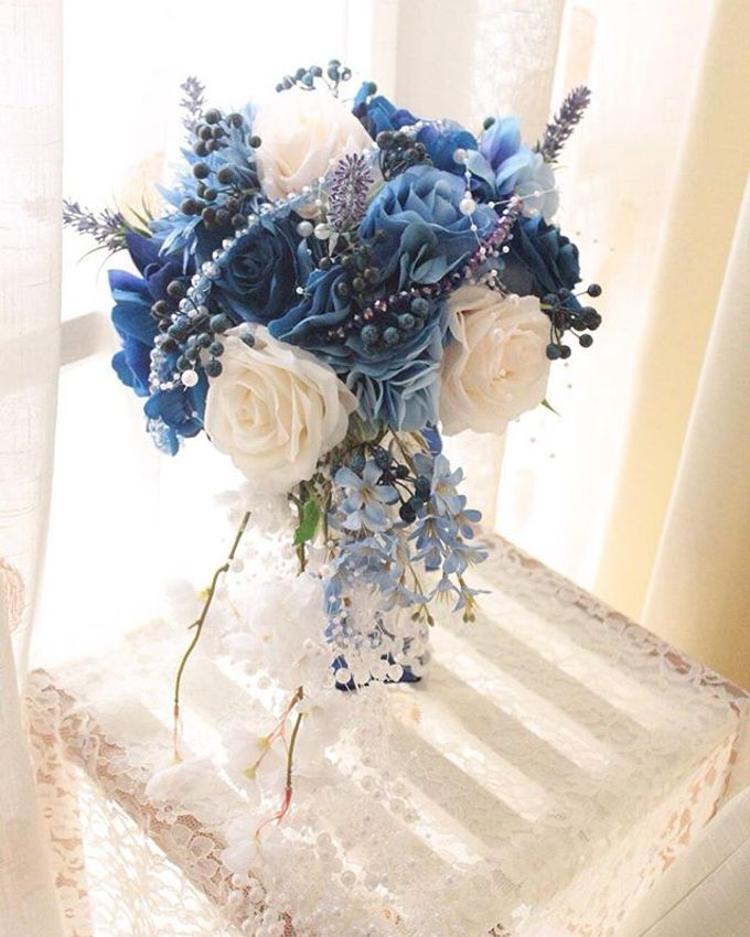 Royal Blue Cascade Hand Bouquet by Cup Of Love Design Studio - 004