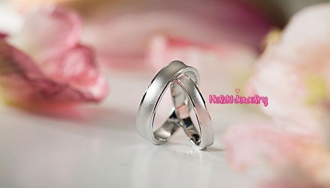 add to board simple and elegant wedding rings by helzki jewelry 001 - Elegant Wedding Rings
