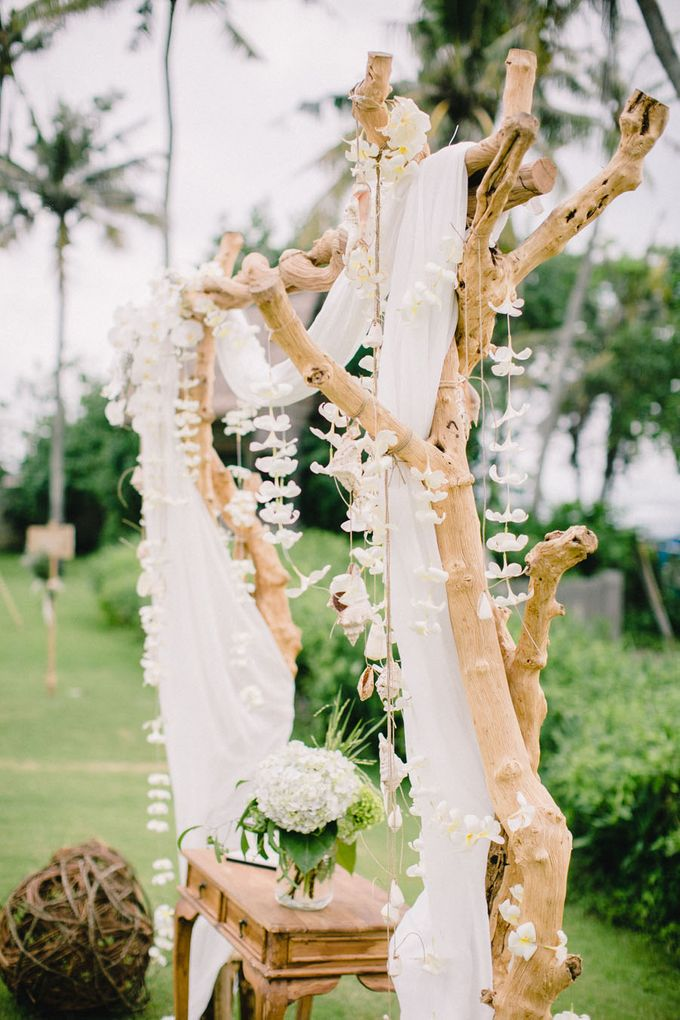 Catch Your Dreams Boho Wedding by Hari Indah Wedding Planning & Design - 014