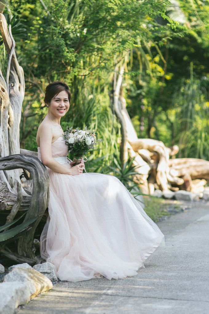 Floral & Garden Wedding Photoshoot by Après Makeup - 001