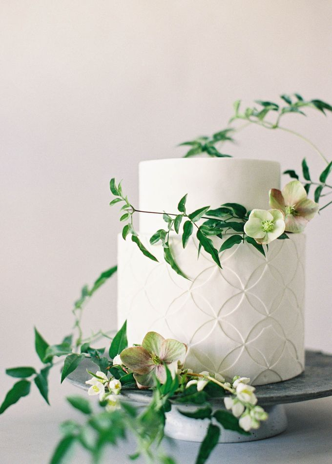 Lush Botanical Cake Design Inspiration for the Naturalist Bride by Jen Huang Photo - 013