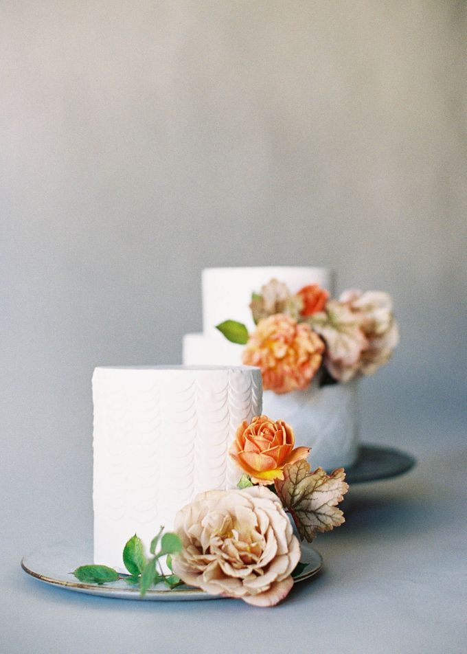 Lush Botanical Cake Design Inspiration for the Naturalist Bride by Jen Huang Photo - 002