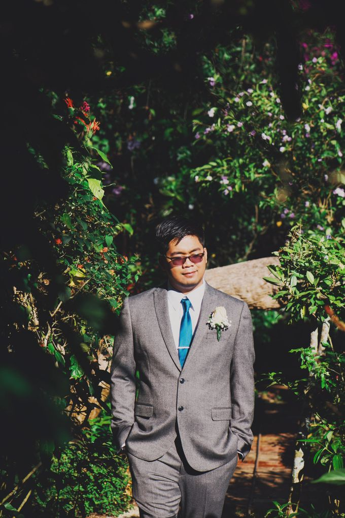 Intimate Wedding in Tagaytay - Charles and Carla by David Garmsen Photo and Video - 005