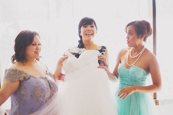 Intimate Wedding in Tagaytay - Charles and Carla by David Garmsen Photo and Video - 008