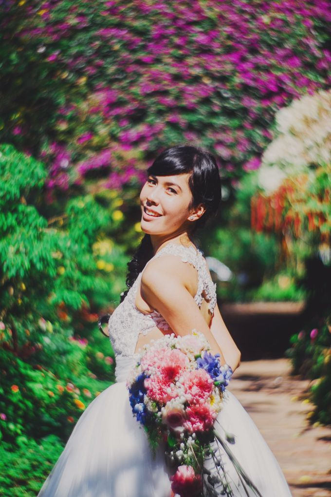 Intimate Wedding in Tagaytay - Charles and Carla by David Garmsen Photo and Video - 010