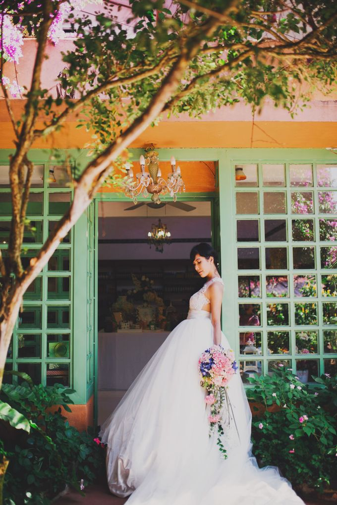 Intimate Wedding in Tagaytay - Charles and Carla by David Garmsen Photo and Video - 001