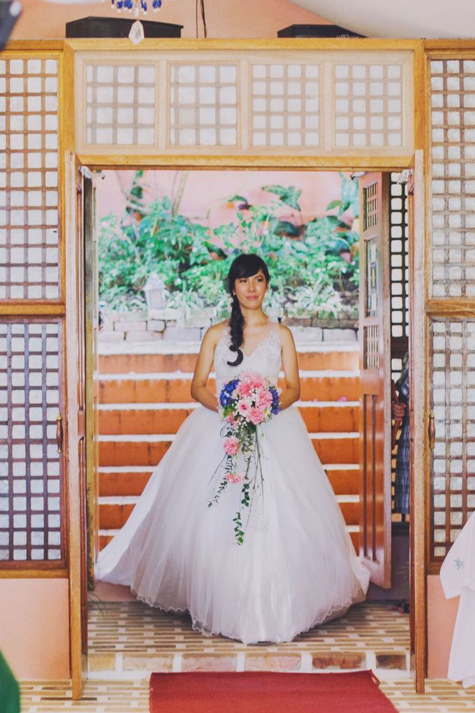 Intimate Wedding in Tagaytay - Charles and Carla by David Garmsen Photo and Video - 015