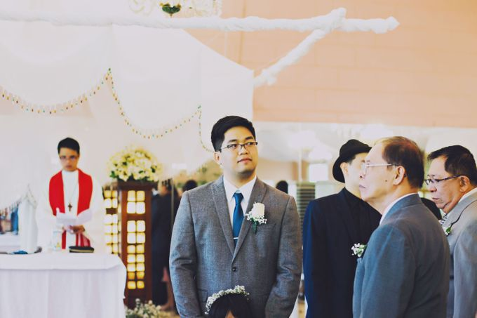 Intimate Wedding in Tagaytay - Charles and Carla by David Garmsen Photo and Video - 016