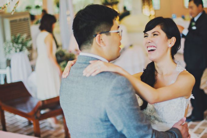 Intimate Wedding in Tagaytay - Charles and Carla by David Garmsen Photo and Video - 024