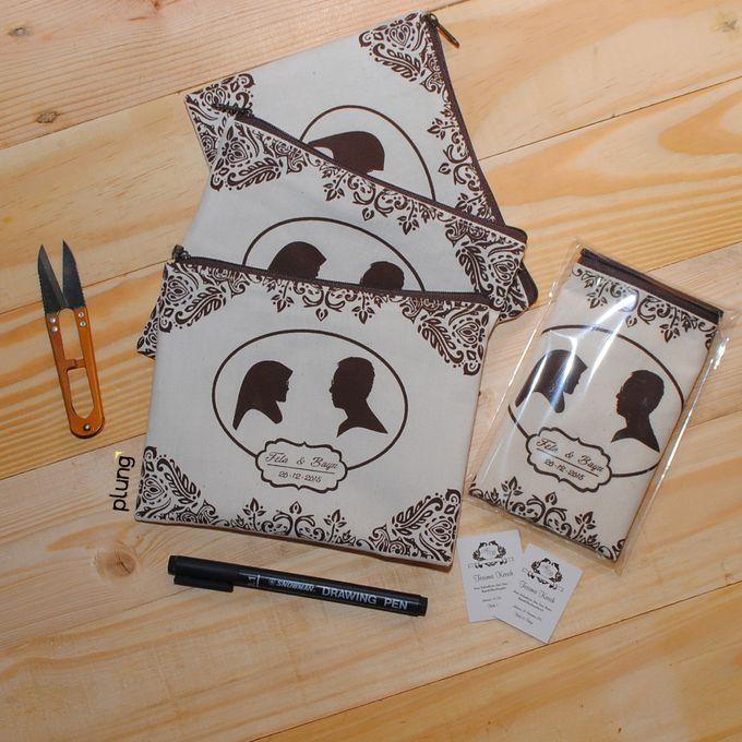 souvenir pouch blacu by Plung Creativo - 005