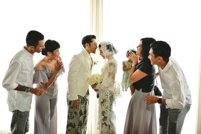 Ayu Hastari & Ryoichi Hutomo Wedding Day by Thepotomoto Photography - 008