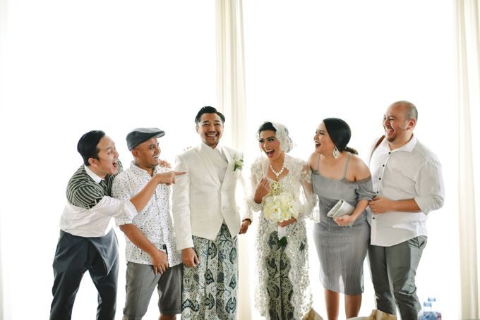 Ayu Hastari & Ryoichi Hutomo Wedding Day by Thepotomoto Photography - 007