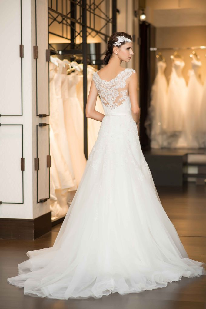 Gown Collection by My Dream Wedding - 037