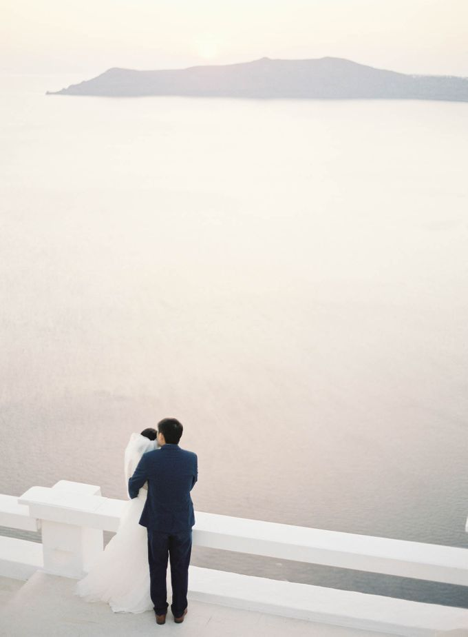 Classic and Beautiful Olive Green and Sea Blue Wedding in Santorini, Greece by Jen Huang Photo - 028