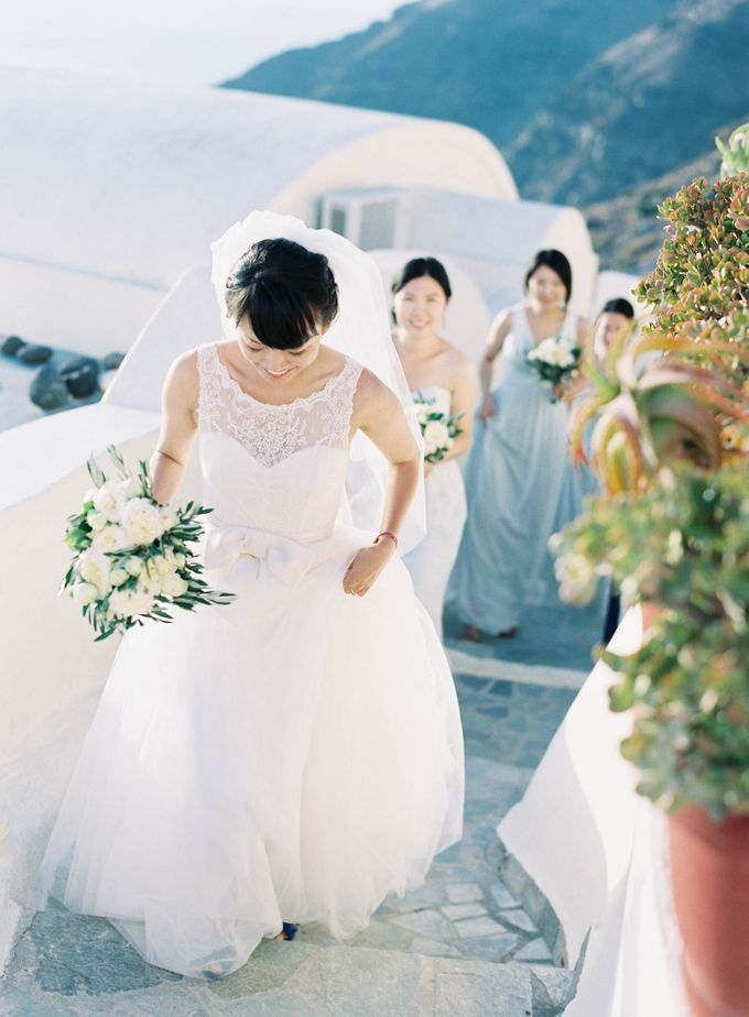 Classic and Beautiful Olive Green and Sea Blue Wedding in Santorini, Greece by Jen Huang Photo - 039