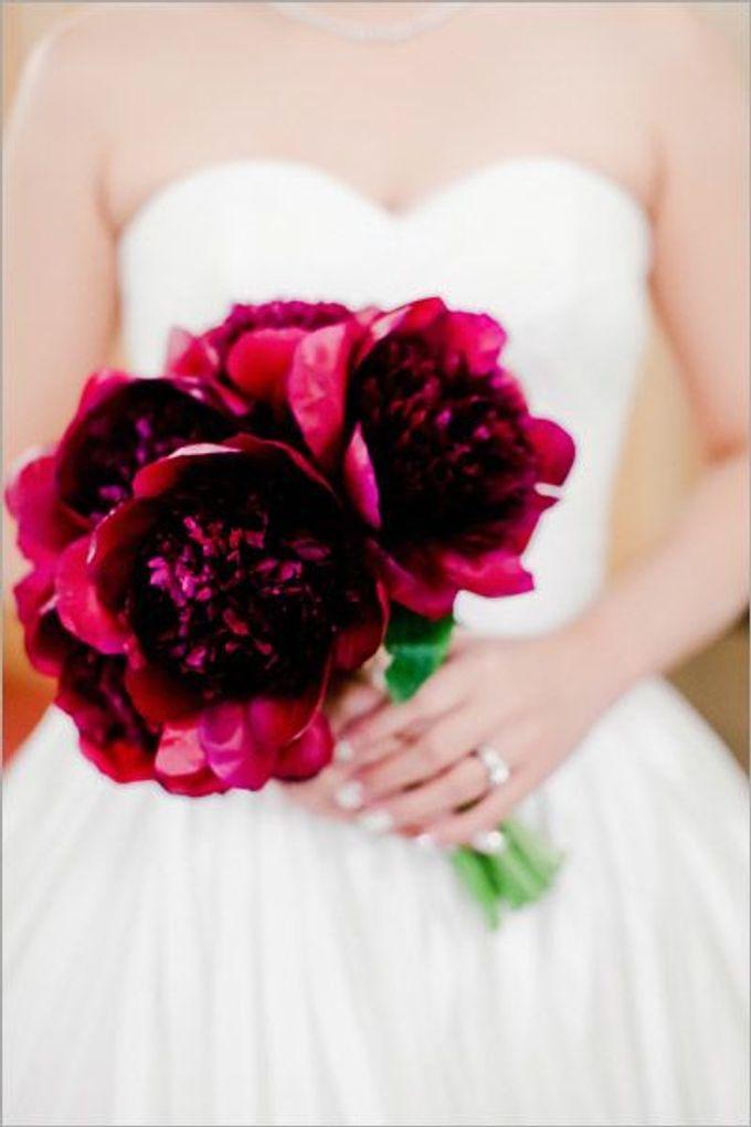 SPELLBOUND WEDDING BOUQUET by Spellbound Weddings - 008