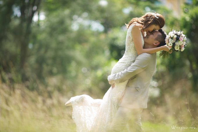 It Takes Two to Tango - Engagement Session by Tata by The Wagyu Story - 005