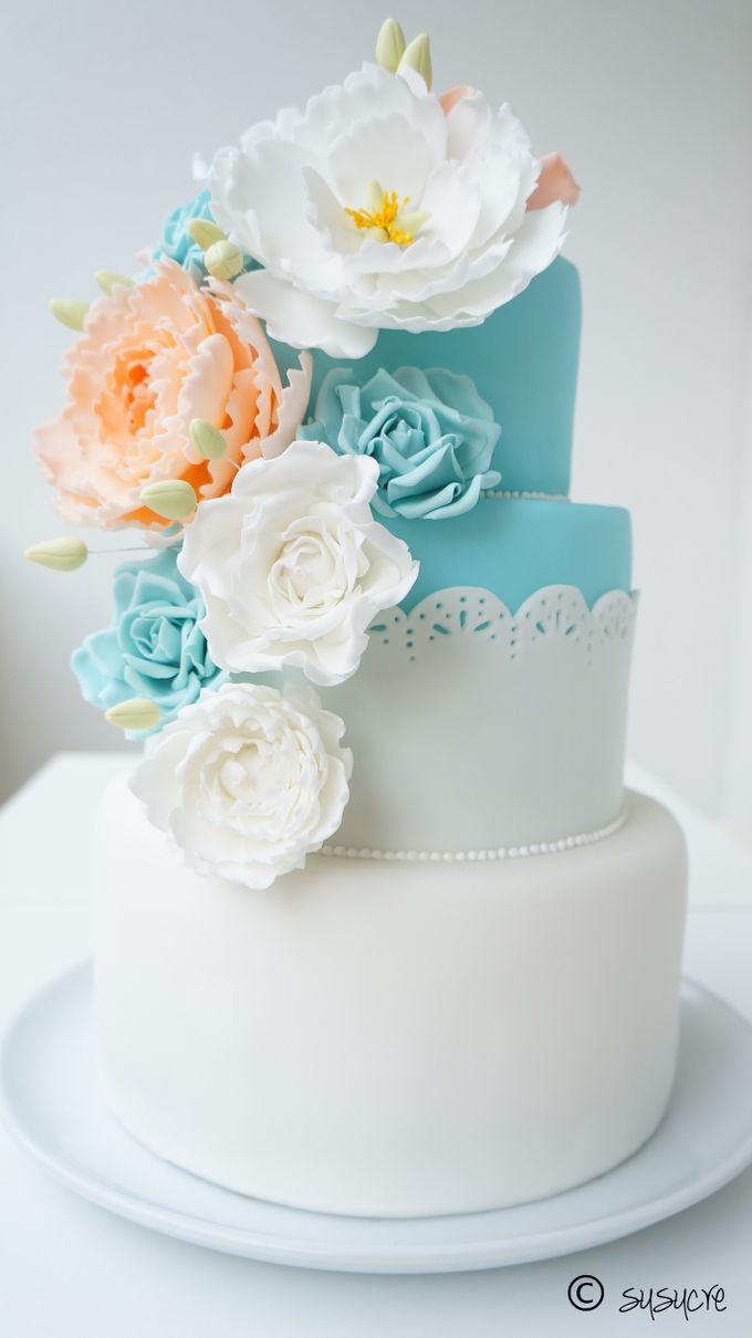 tiered wedding cakes singapore three tier wedding cakes by susucre pte ltd bridestory 20978