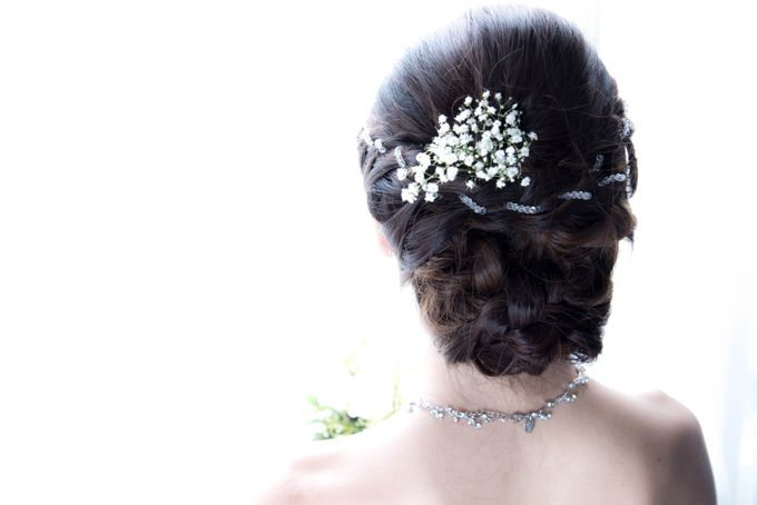 Bridal Makeup and Hairstyling for Pre-Wedding Shoot - Elegant, Youthful and Natural by Sylvia Koh Makeup and Hairstyling - 006