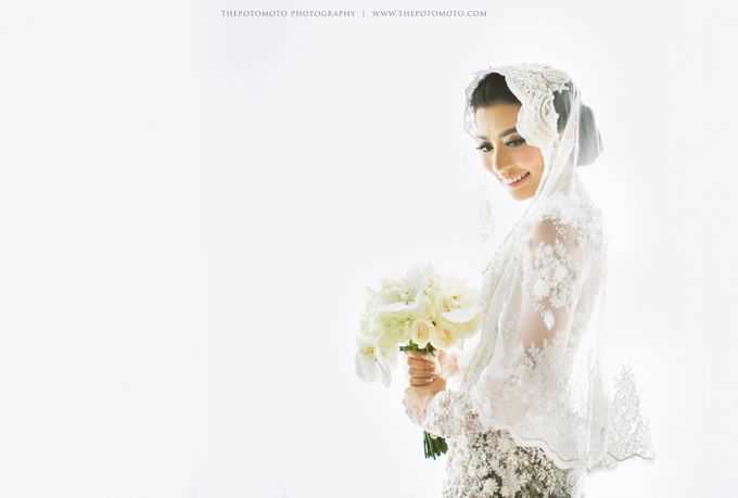 Ayu Hastari & Ryoichi Hutomo Wedding Day by Thepotomoto Photography - 011