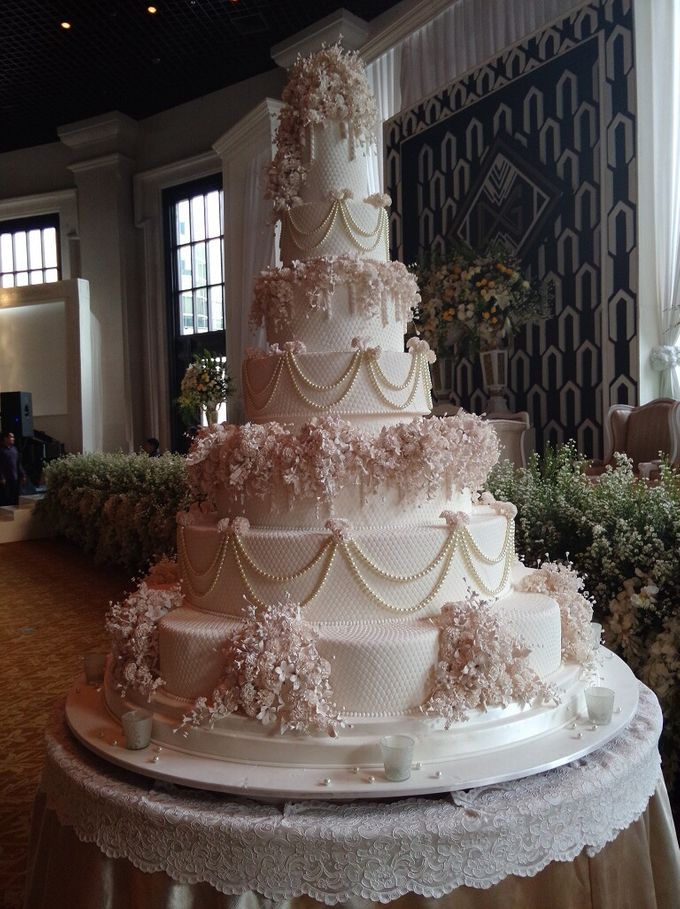 7 Tiers Wedding Cake By Lenovelle Cake Bridestory Com
