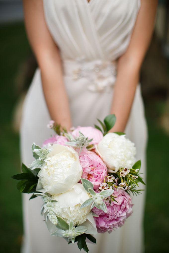 SPELLBOUND WEDDING BOUQUET by Spellbound Weddings - 005