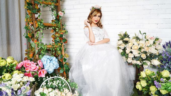 Lookbook Winona Bridal Collections by Winona Makeup & Bridal - 003